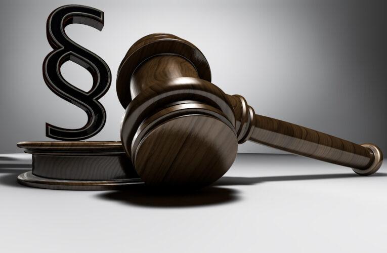 Richter erhebt Verfassungsbeschwerde