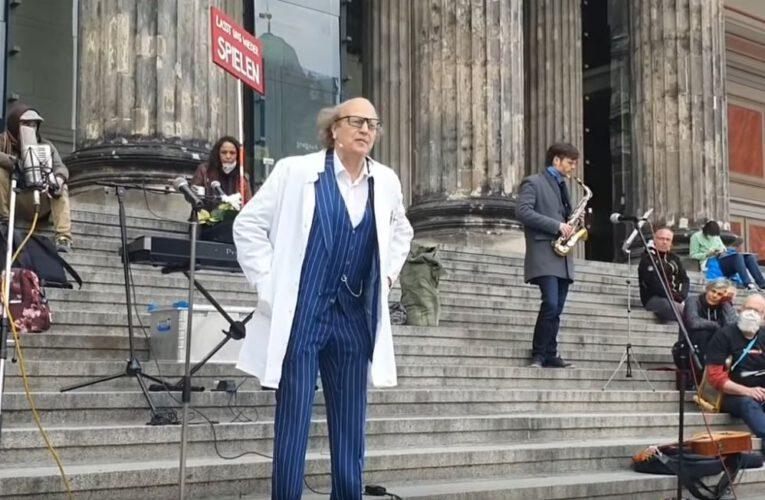 1. Mai '21 – Arnulf Rating bei der Künstler-Demo
